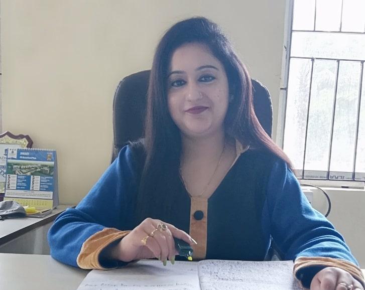 Dr. Shauli Mukherjee